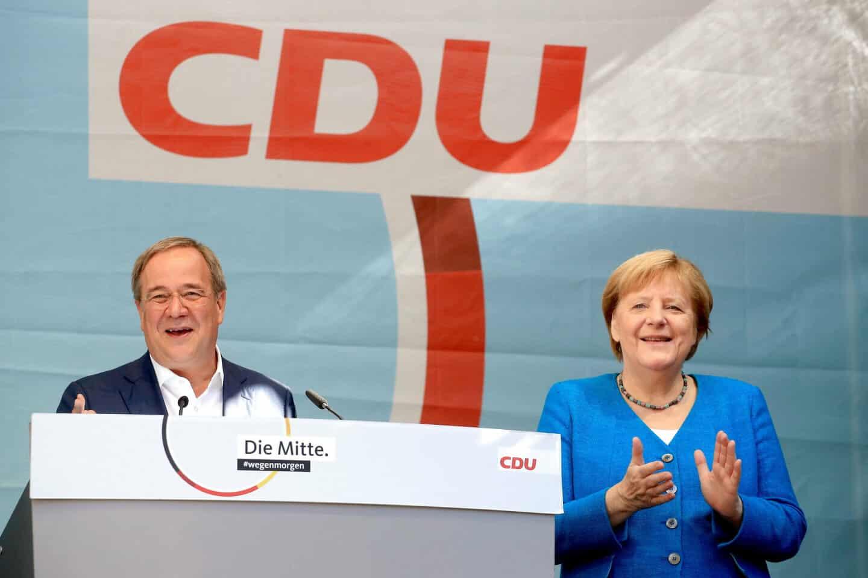 Người dân Đức bỏ phiếu trong cuộc bầu cử quyết định người kế nhiệm Merkel - Ảnh 1.