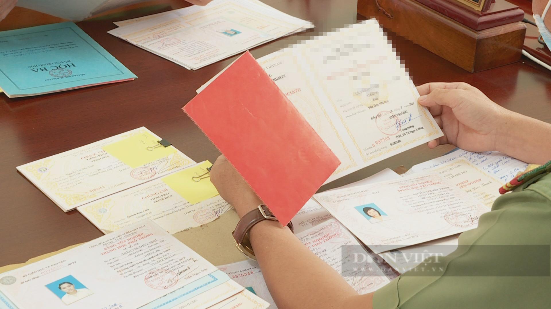Đắk Lắk: Phát hiện nhiều giáo viên sử dụng bằng giả - Ảnh 2.
