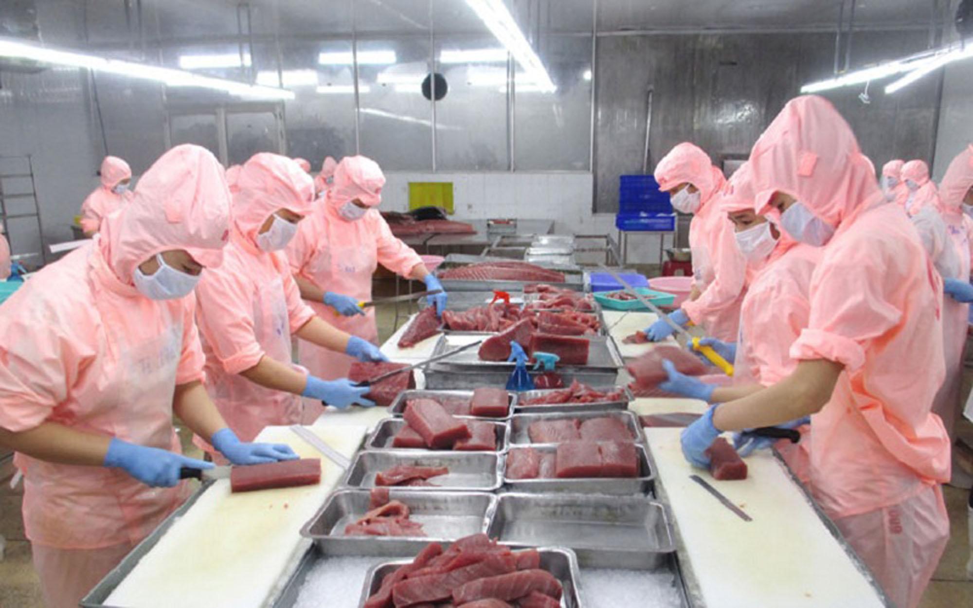 Phú Yên: Nhanh chóng gỡ khó để phục hồi phát triển doanh nghiệp - Ảnh 1.