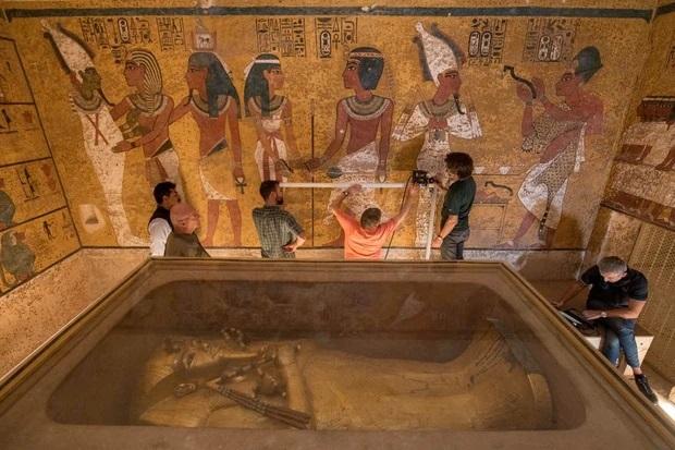 Vị vua trẻ vĩ đại chết bí ẩn yên nghỉ cùng kho báu khổng lồ và lời nguyền xác ướp rùng rợn  - Ảnh 2.