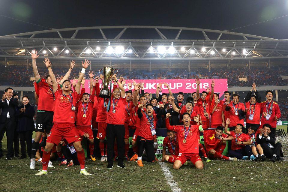 Thắng Singapore, Thái Lan trở thành chủ nhà AFF Cup 2020 - Ảnh 1.