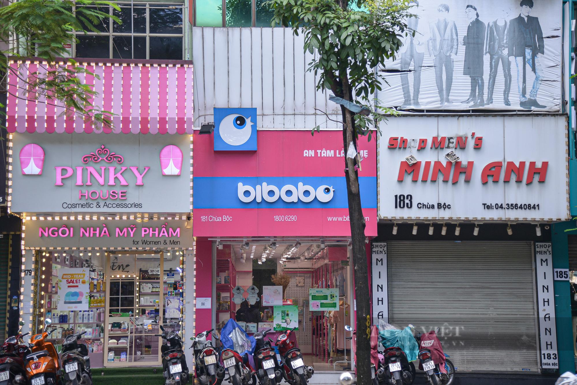"""Hà Nội: Các tuyến phố """"thời trang"""" hé cửa đón khách giữa mùa dịch - Ảnh 8."""