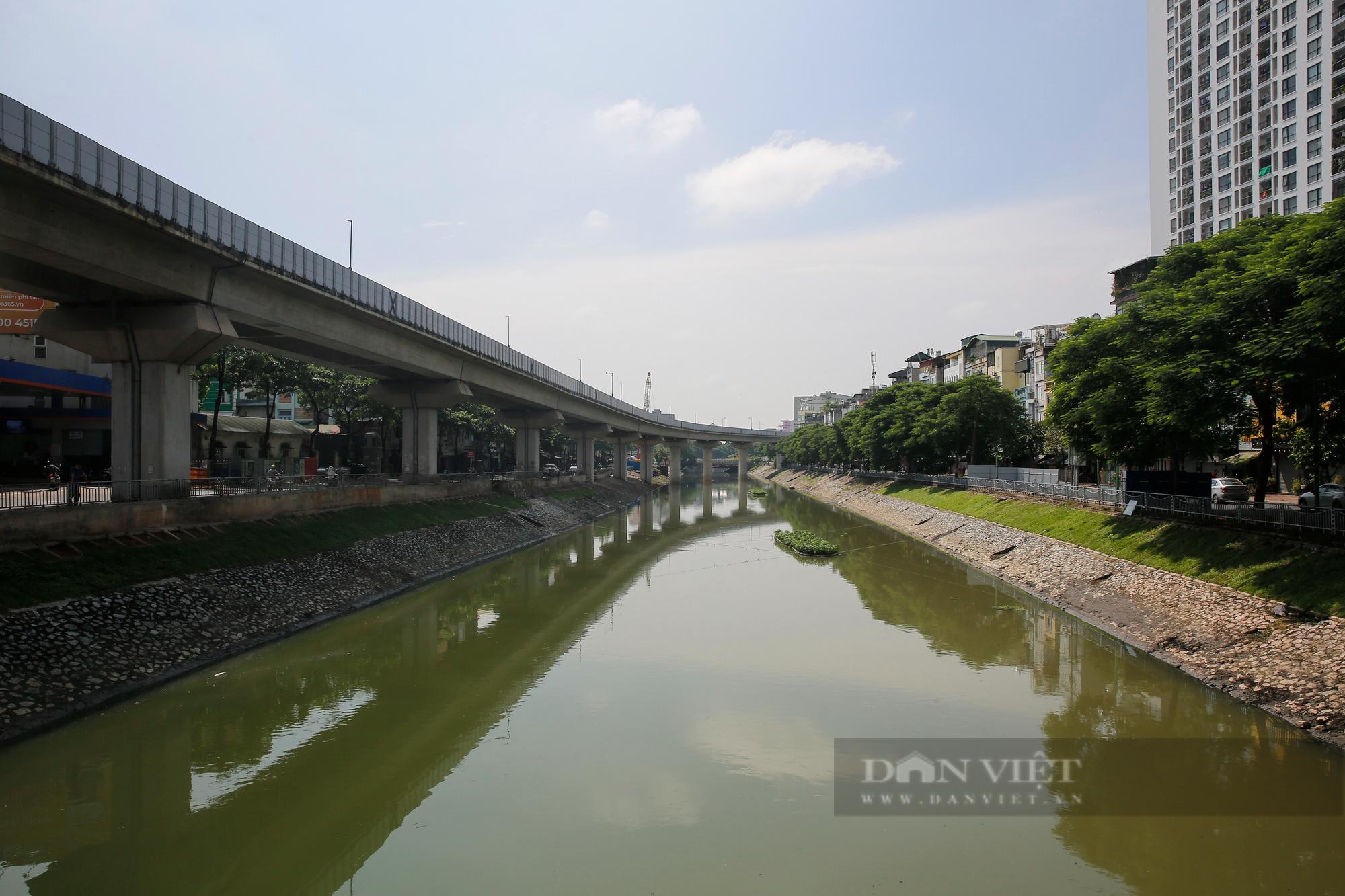Vẻ đẹp khác lạ của con sông ô nhiễm nhất Hà Nội sau khi đổi màu nước - Ảnh 5.