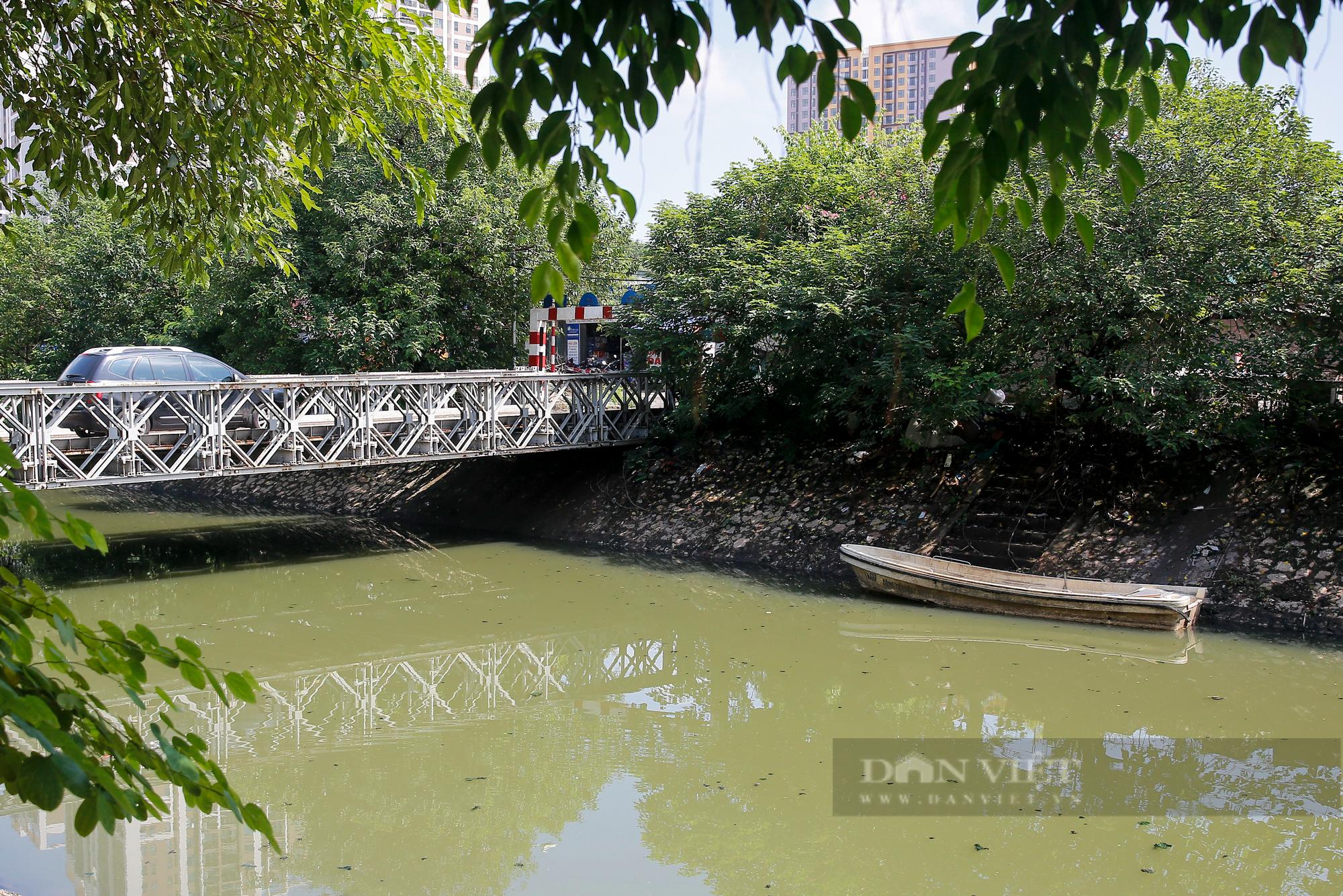 Vẻ đẹp khác lạ của con sông ô nhiễm nhất Hà Nội sau khi đổi màu nước - Ảnh 8.