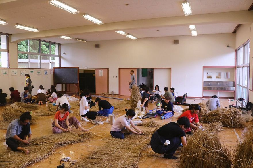 Ảnh: Nông dân Nhật Bản tạo ra các công trình nghệ thuật từ rơm rạ - Ảnh 7.
