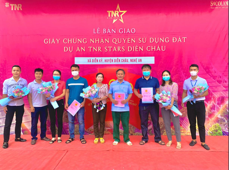Dự án TNR Stars Diễn Châu bàn giao sổ đỏ đợt đầu cho cư dân - Ảnh 1.