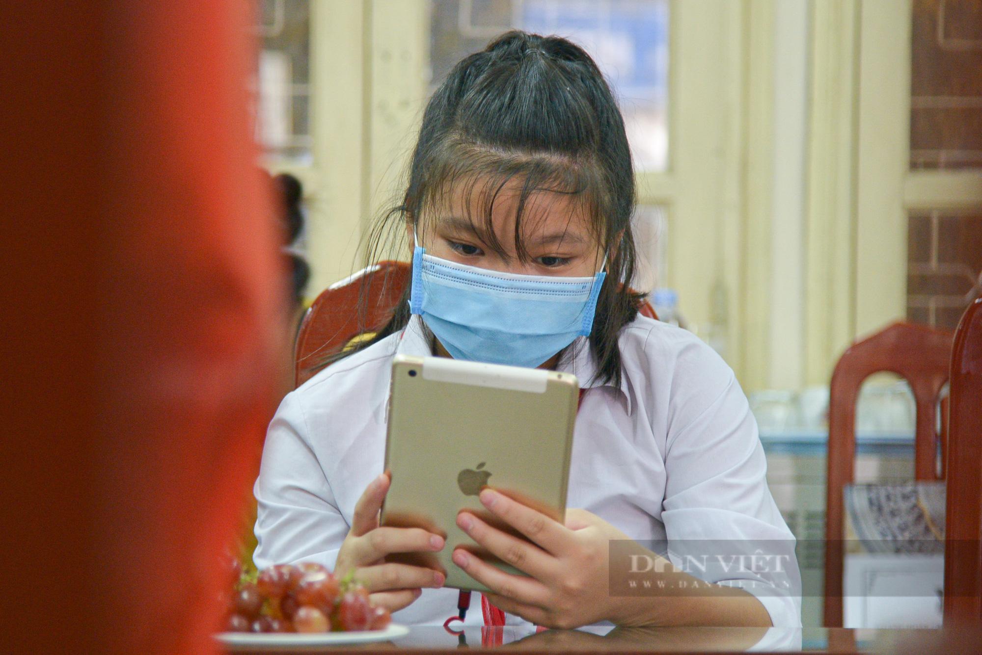 Hà Nội: Tặng máy tính cho trẻ em nghèo học online - Ảnh 3.