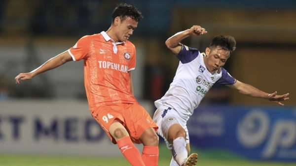 V.League 2021 bị hủy, cầu thủ Việt lao đao: Người thu gom phế liệu, kẻ làm công nhân - Ảnh 3.