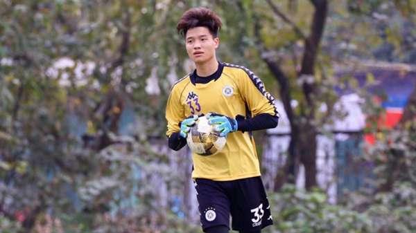 V.League 2021 bị hủy, cầu thủ Việt lao đao: Người thu gom phế liệu, kẻ làm công nhân - Ảnh 6.