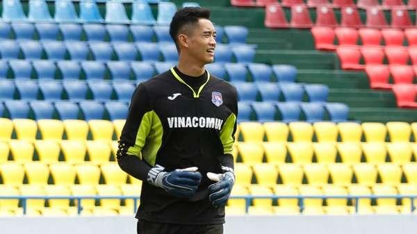 V.League 2021 bị hủy, cầu thủ Việt lao đao: Người thu gom phế liệu, kẻ làm công nhân - Ảnh 8.