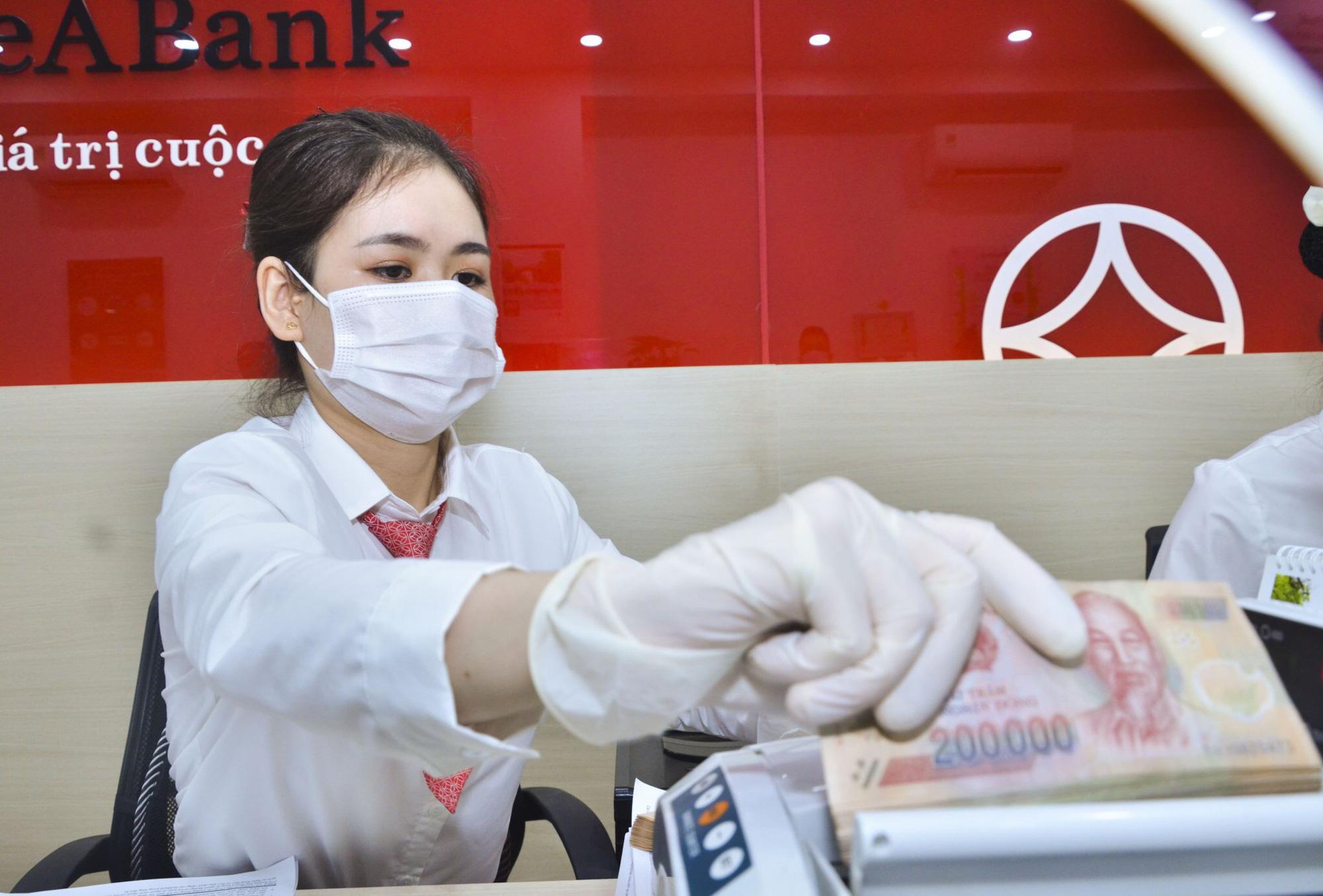 """Vừa được nới thêm, ngân hàng đã gần cạn room tín dụng và """"thông điệp"""" của Ngân hàng Nhà nước - Ảnh 3."""
