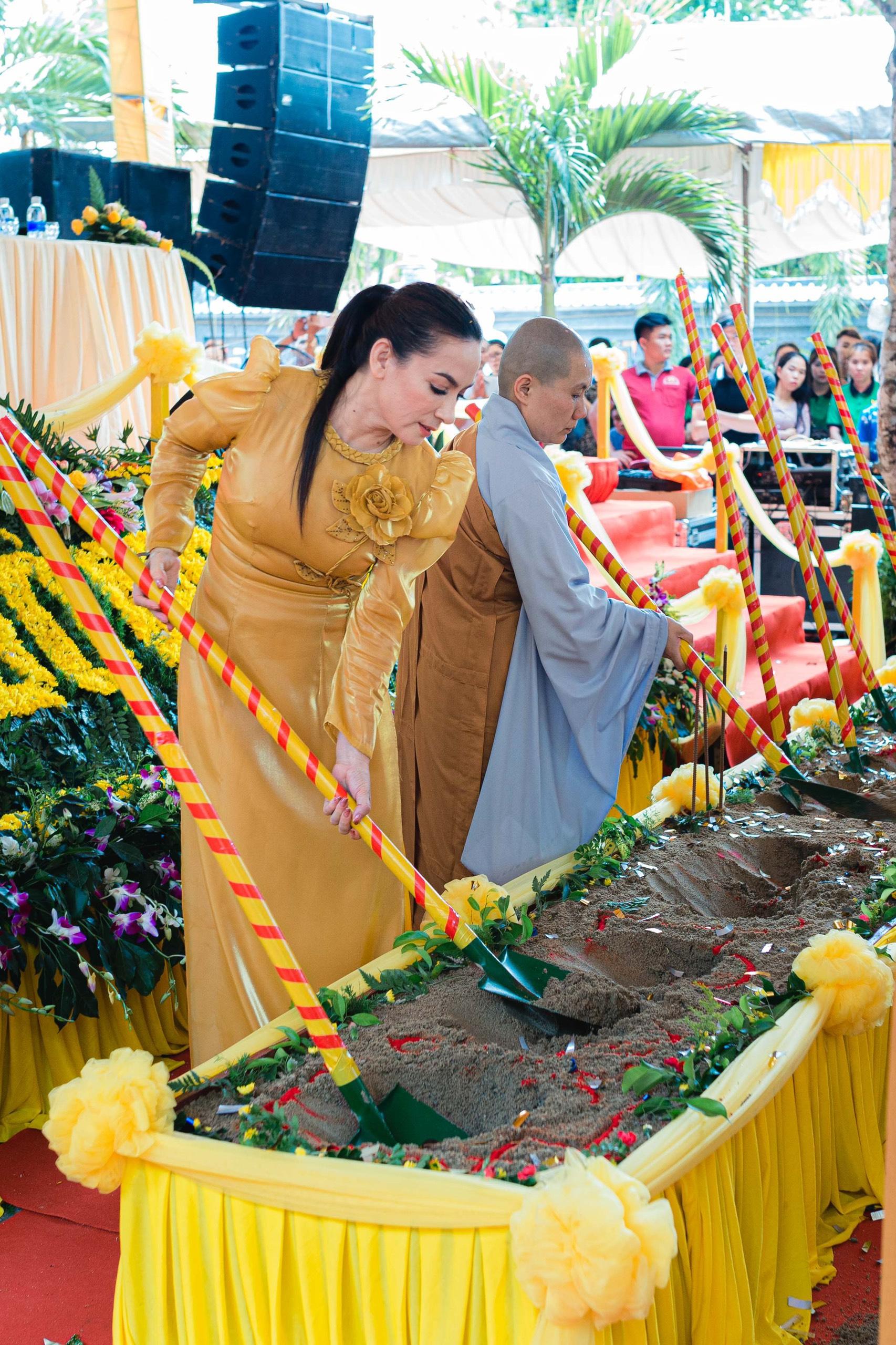 Mái ấm của ca sĩ Phi Nhung ở chùa Pháp Lạc, tỉnh Bình Phước: 13 con nuôi cùng mang họ Phạm - Ảnh 6.