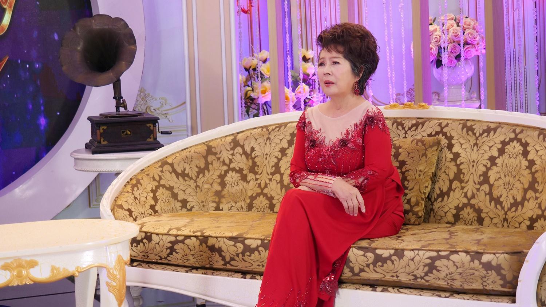 Bị mẹ cấm cản tình yêu, danh ca Phương Dung từng đến tu viện ở Quy Nhơn xin đi tu  - Ảnh 1.