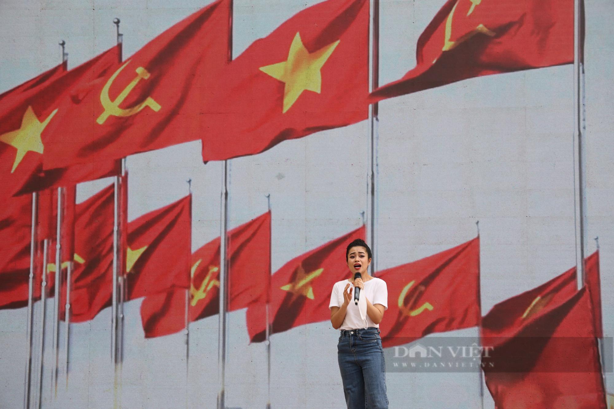 Hà Nội: Gấp rút chuẩn bị cho Lễ khai giảng online đặc biệt của Thủ đô - Ảnh 13.