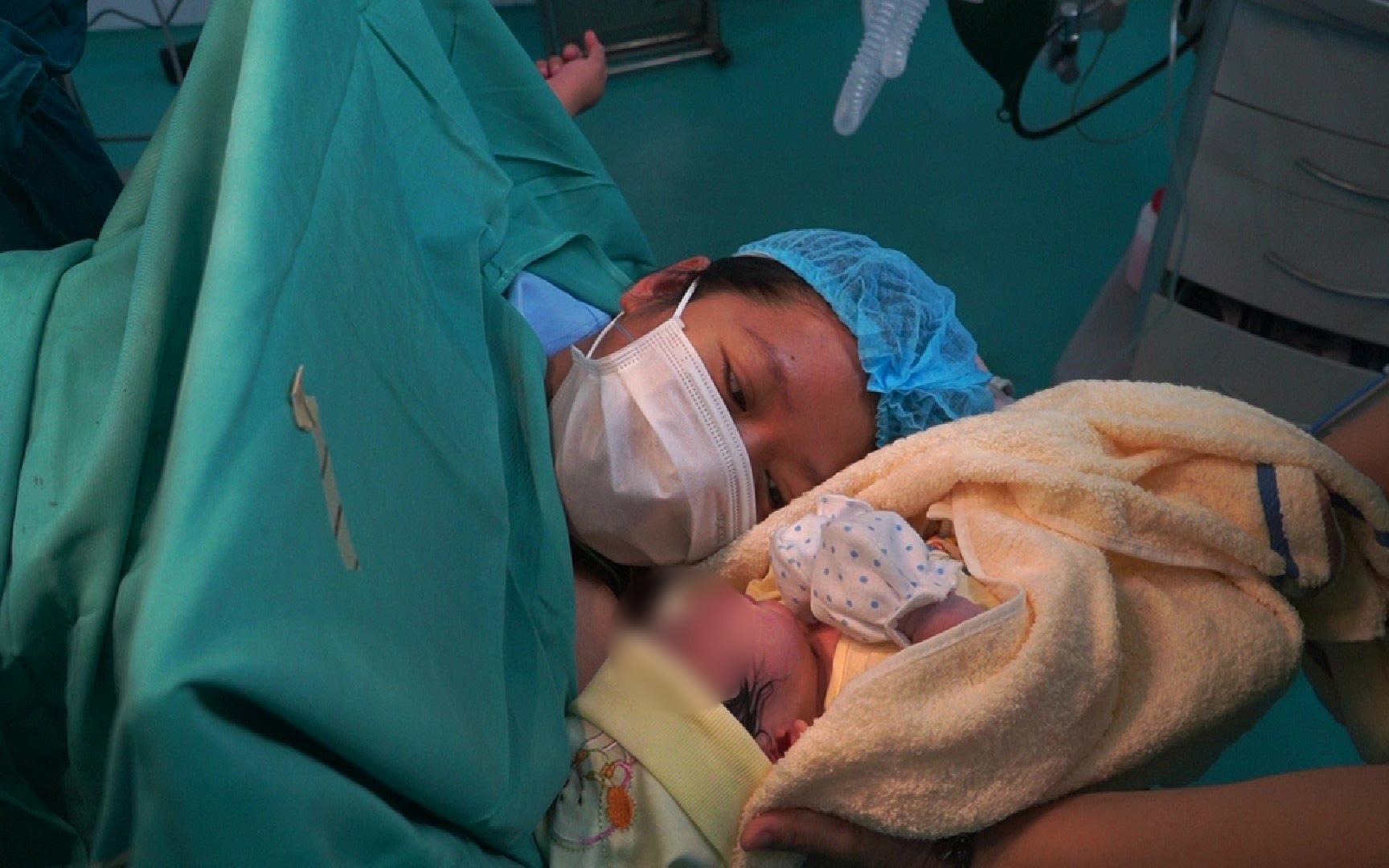 Bệnh viện miễn viện phí cho sản phụ khi sinh con trong mùa dịch