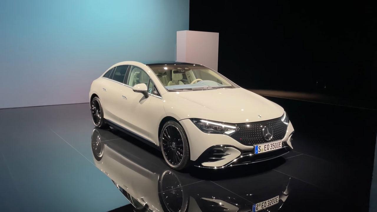 Trải nghiệm thực tế Mercedes-Benz EQE 2022 vừa ra mắt, xe điện thay tế E-Class