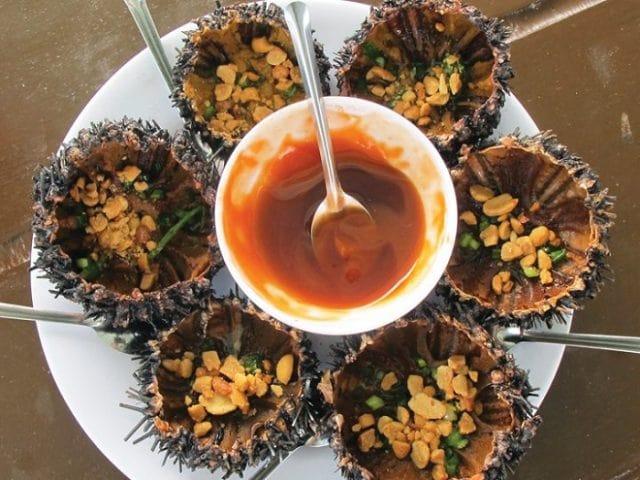Bình Định nổi tiếng với món đặc sản gai góc, không phải có tiền là mua được - Ảnh 2.