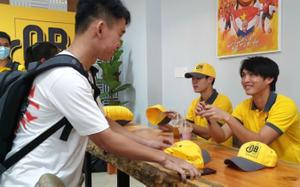Cà phê Ông Bầu ra mắt sinh viên Sài Gòn