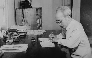 """Rơi vào tay Quốc dân Đảng, Chủ tịch Hồ Chí Minh đã bị """"hành"""" ra sao?"""