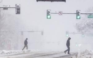 Lại một cơn bão tuyết cực nguy hiểm ập vào miền Tây nước Mỹ