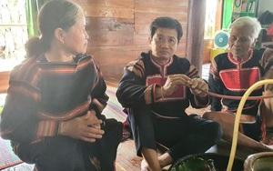 Ông Đoàn Ngọc Hải được một gia đình người Jrai nhận làm con nuôi