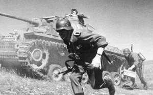 Cuộc tiến công lớn cuối cùng của quân Đức Quốc xã trước khi đại bại