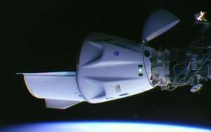 """Thành công đột phá của Elon Musk khi đưa con tàu """"tái chế"""" lên Trạm Vũ trụ quốc tế"""