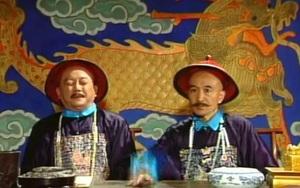 """25 năm sau """"Tể tướng Lưu gù"""": Phim vận vào đời """"Lưu Dung"""" và """"Hòa Thân"""""""