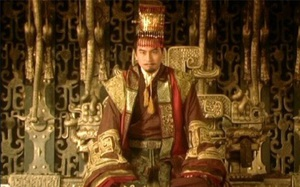 """2 hoàng đế cùng """"điên đảo"""" vì nàng kỹ nữ xinh đẹp"""