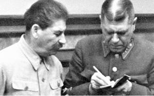 Viên Đại tá quân đội Nga hoàng thành Tổng Tham mưu trưởng Hồng quân thế nào?
