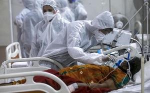 Tận mắt chứng kiến cảnh bên trong bệnh viện điều trị Covid-19 ở Ấn Độ
