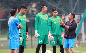 Vì sao 4 thủ môn thủng lưới nhiều nhất V.League được lên ĐT Việt Nam?