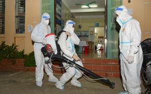 Điện Biên: Trắng đêm phun khử khuẩn phòng dịch Covid-19
