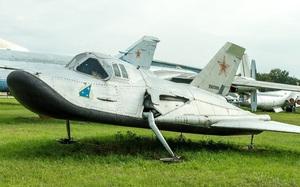 """MiG-105 Liên Xô có """"bản nhái"""" là máy bay vũ trụ X-37B tuyệt mật của Mỹ?"""