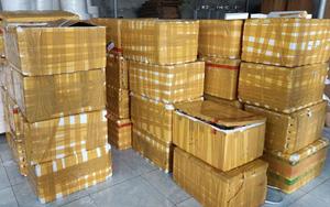 Bắc Ninh: Xử phạt 90 triệu đồng, tịch thu 408 chai rượu nhập lậu từ Trung Quốc