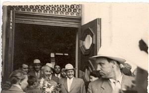 Hai bức ảnh hiếm về Bác Hồ tại Kiev do một học sinh trường làng chụp mùa hè 1959
