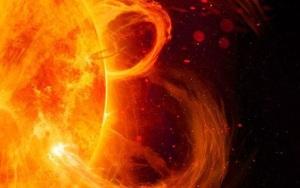 Bão Mặt trời di chuyển với tốc độ 2,1 triệu km/h đang tiến thẳng tới Trái đất