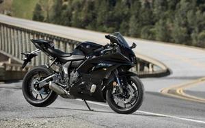 Yamaha R7 ra mắt, có nét giống với MT-07