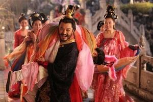 """Vì sao hoàng đế Trung Hoa """"gần gũi"""" nhiều mỹ nhân nhưng ít mắc bệnh tình dục?"""