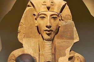 Dung mạo pharaoh Ai Cập Akhenaten có gì bí ẩn?