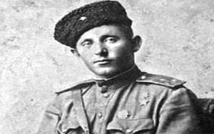 """""""Anh nuôi"""" Liên Xô khiến lính tăng phát xít Đức nghe thôi đã... khiếp vía"""