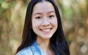 """Nữ sinh gốc Việt thắng giải Nhà thơ thanh niên ở Mỹ: """"Tiếng Việt là ngôn ngữ rất thơ"""""""