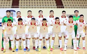 Bộ trưởng Nguyễn Văn Hùng chúc mừng ĐT futsal Việt Nam giành vé dự World Cup