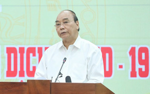 Chủ tịch nước Nguyễn Xuân Phúc dự lễ phát động đợt cao điểm quyên góp ủng hộ phòng, chống dịch Covid-19