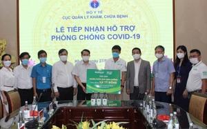 Nutifood và Ông Bầu trao tặng sản phẩm dinh dưỡng cho y bác sĩ tuyến đầu và bệnh nhân mắc Covid-19