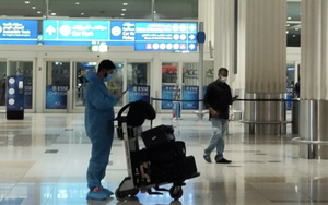 ĐT Việt Nam gặp sự cố, 1 người bị bỏ lại ở sân bay Dubai