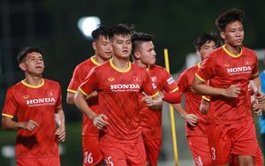 """Ảnh: Việt Nam có buổi tập buổi đầu tiên ở Dubai nhằm """"săn vé""""dự World Cup 2022"""