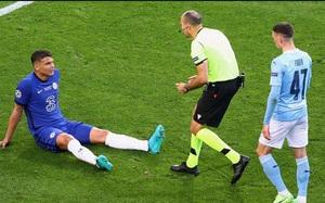 Chelsea nhận tin buồn sau chức vô địch Champions League