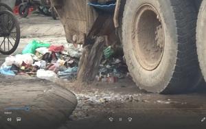 Hà Nội: Xe chở rác gây ô nhiễm môi trường giữa thủ đô, ai chịu trách nhiệm?