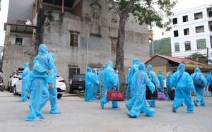 Ảnh: Lạng Sơn đón 1.062 công nhân từ tâm dịch Bắc Giang về địa phương